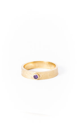 Small Etched Gold Band with Stone by Becky Dockree Jewellery