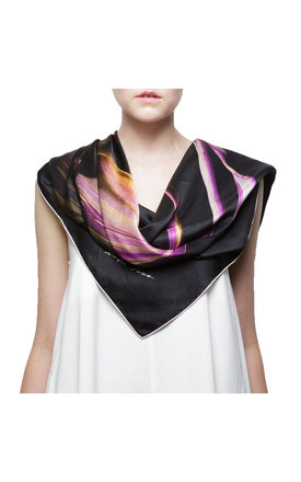 Amanecer scarf by [MAH] MADABOUTHUE Product photo
