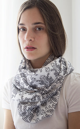 Horo scarf by Shevitza Product photo