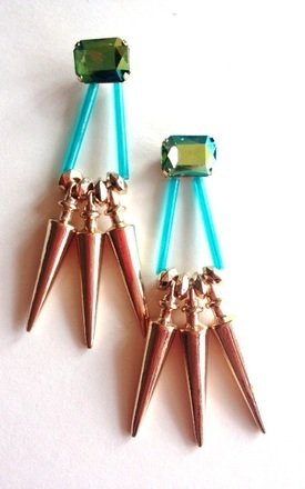Decima earring by Souksy Product photo