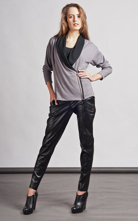 Grey zipped jacket by Lanti Product photo