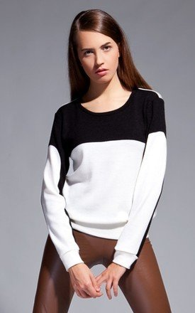 Black and white jumper by Lanti Product photo