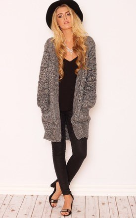 Chunky knitwear cardigan by LullaBellz Product photo