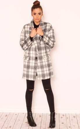 Callie oversized check boyfriend coat by Dolly Rocka Product photo