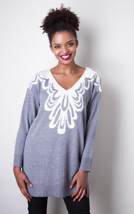 Lacey sweater  by Liquorish Product photo