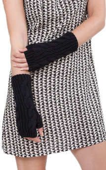 Merino wool cable knitted long fingerless gloves black by likemary Product photo