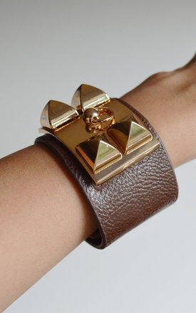 Brown five stud cuff bracelet by Label MB Product photo