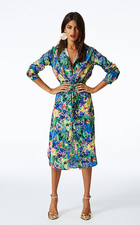 Shirt dress midi in tropical print by Dancing Leopard Product photo
