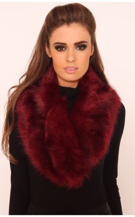 Whilma wine faux fur collar scarf by LullaBellz Product photo