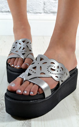 Ladies flat wedge platform summer sandals shoes in silver by NAOMISHU Product photo