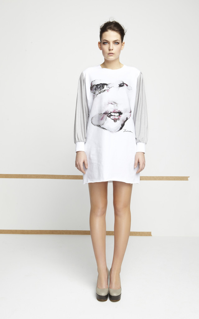 Tunic With Printed Face and Grey Sleeves by EWA ZWOLINSKA