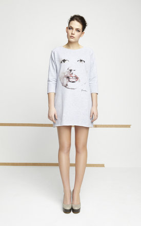 Grey tunic with printed face by EWA ZWOLINSKA Product photo