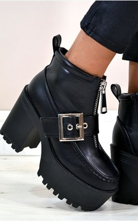 Neve chunky heel cross buckle ankle boots by NAOMISHU Product photo