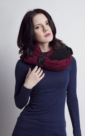 Burgundy and black infinity scarf by Lanti Product photo