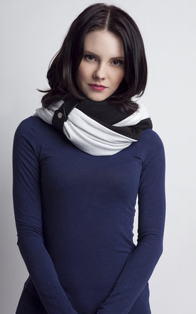 White and black infinity scarf by Lanti