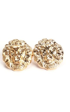 Vintage gold lion earrings by Emi Jewellery Product photo