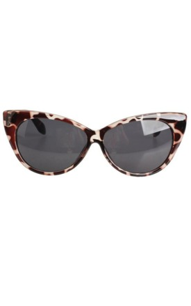Tortoise shell vintage 60s sunglasses by Emi Jewellery Product photo