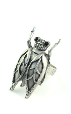 Kitsch silve bug ring by Emi Jewellery Product photo
