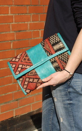 Moroccan kilim clutch  by be-snazzy Product photo