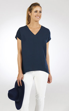 V-neck throw on loose shirt by Chic Hangers London Product photo