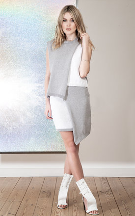 Patsi grey and white asymmetric skirt by Nor Clothing Product photo