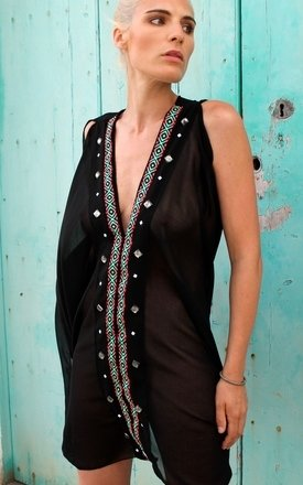 Sahara alba kaftan by Angharad Owen Product photo