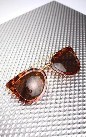 Tortoise shell cat eye sunglasses by Cats got the Cream Product photo