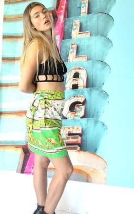 Gwen gaia sarong (green) by Elsie & Fred Product photo