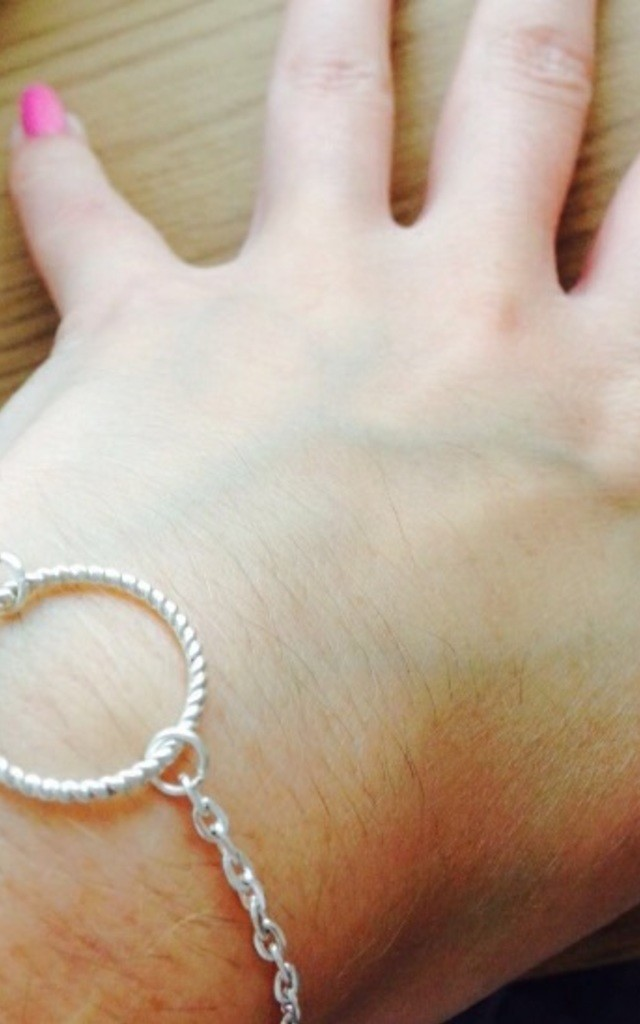 Silver Circle Karma Bracelet by Diamond in The Sky