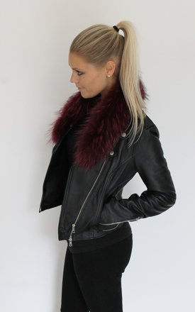 Red fur collar by Scarlett Black London Product photo