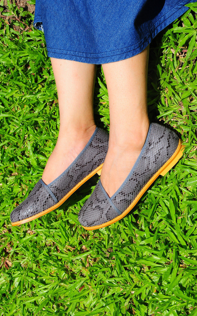 Anaken grey snake print loafers by SEIRA ELVES