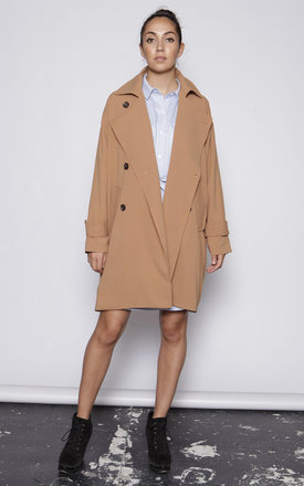 Oversized trench coat - camel by One O Eight Product photo