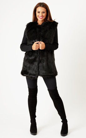 Black Ribbed Sleeve Faux Fur Jacket by Oh My Love Product photo