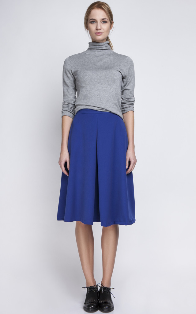 Skirt with an overlap in indigo by Lanti