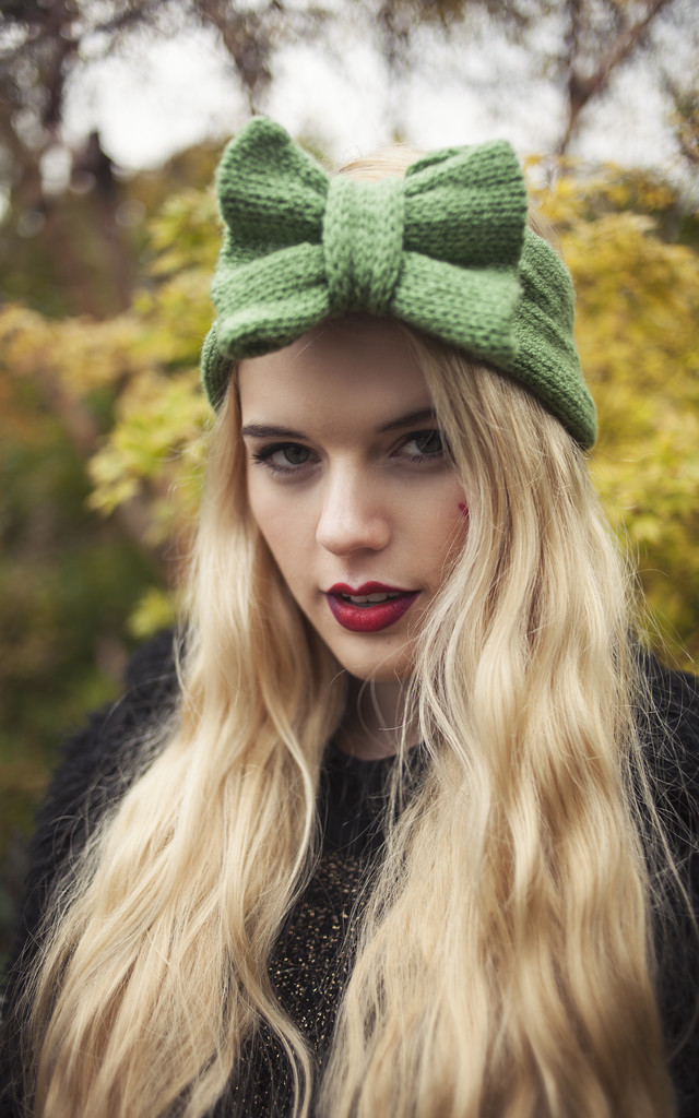 Olive Green Knitted Bow Headband by Beauxoxo