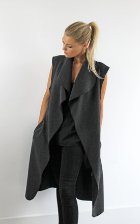 Sleeveless charcoal wrap coat by Scarlett Black London Product photo