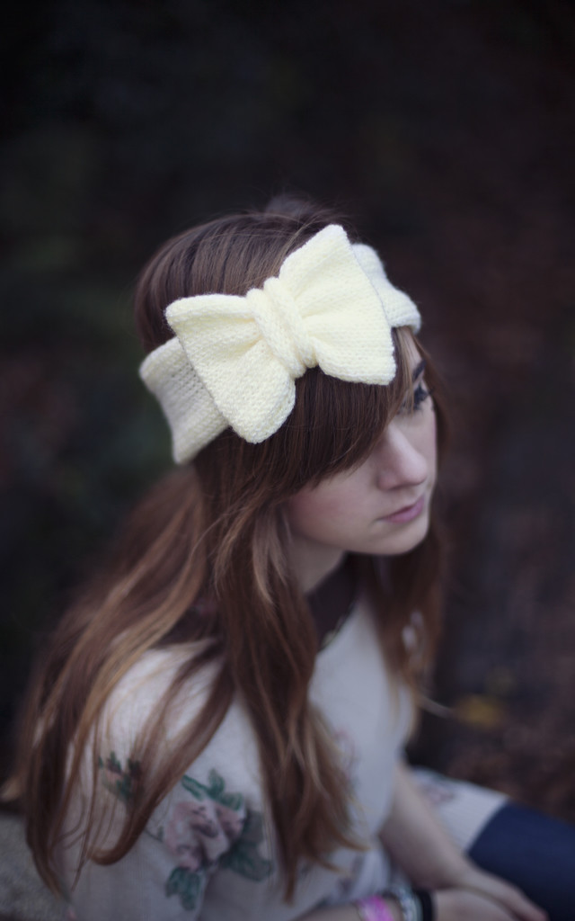 Glitter Knitted Bow Headband in Pastel Yellow by Beauxoxo