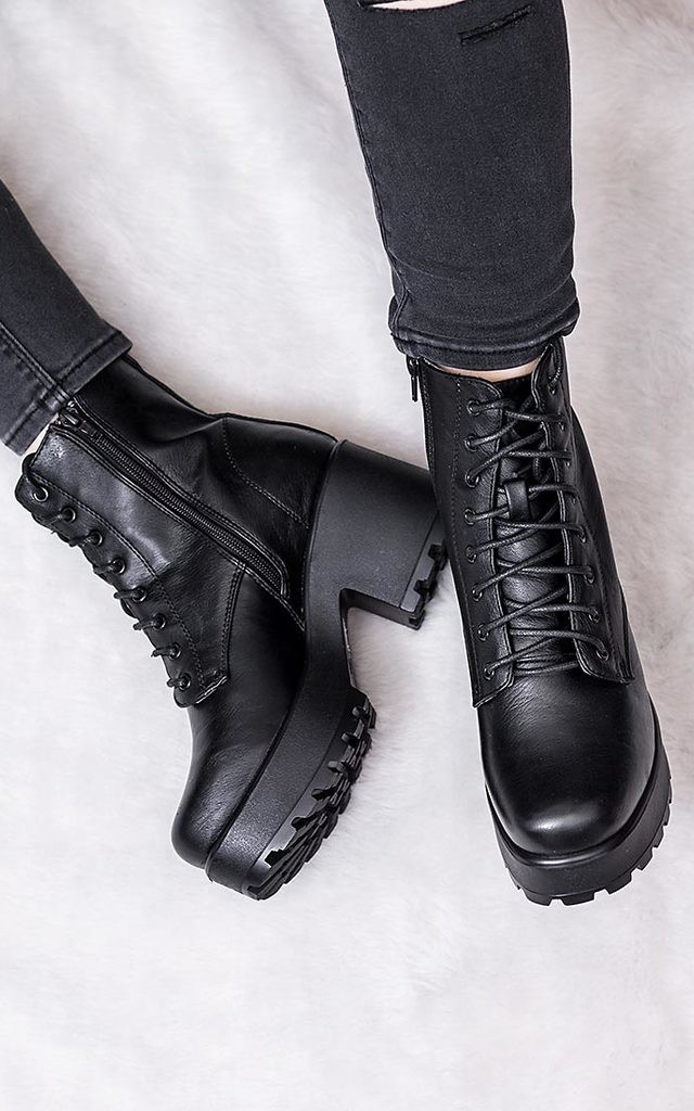 Shotgun Cleated Sole Platform Ankle Boots Black Leather