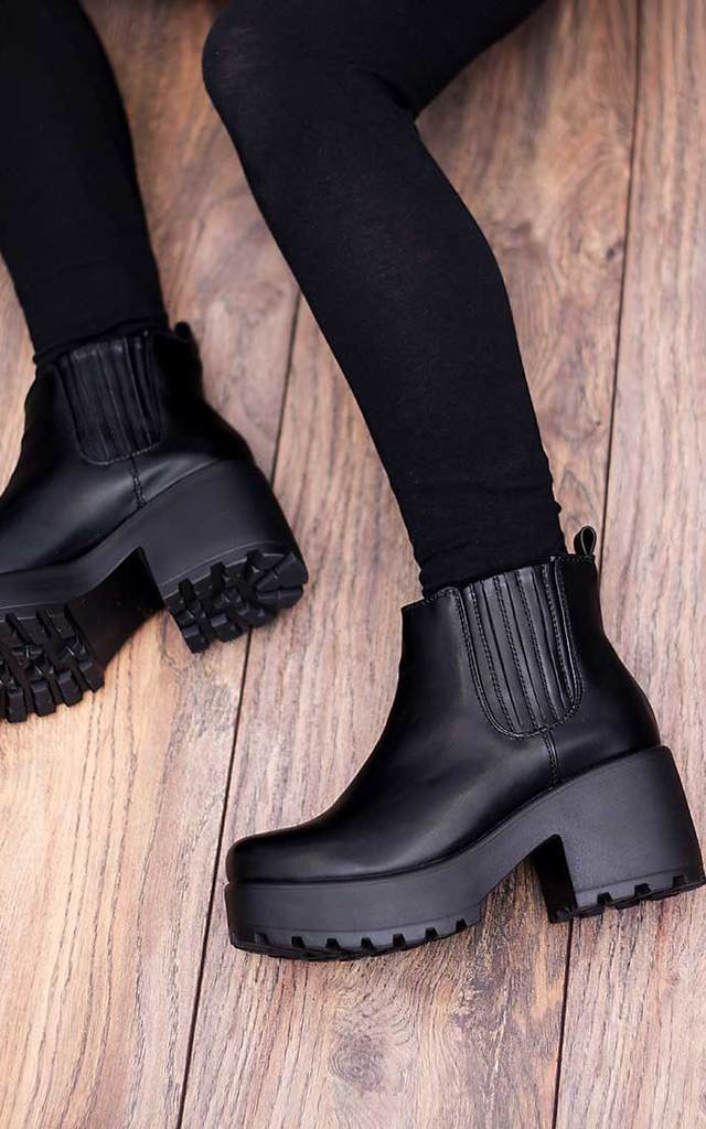 HOWL Platform Cleated Sole Block Heel Ankle Boots Shoes - Black Leather Style by SpyLoveBuy