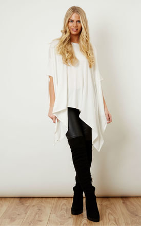 Oversized jersey asymmetric top ivory by Lilah Rose Product photo
