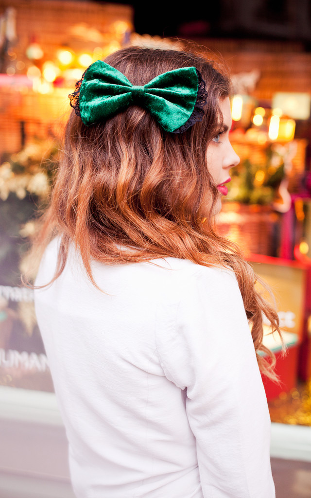 Bottle Green Velvet Hair Bow by Beauxoxo