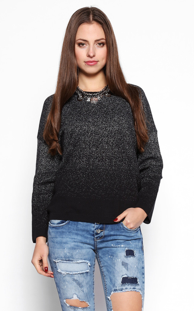 Gradient Pattern Pullover by Jezzelle