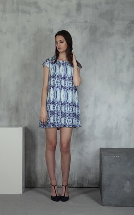 City life silk shift dress by Lulu Hayes Product photo