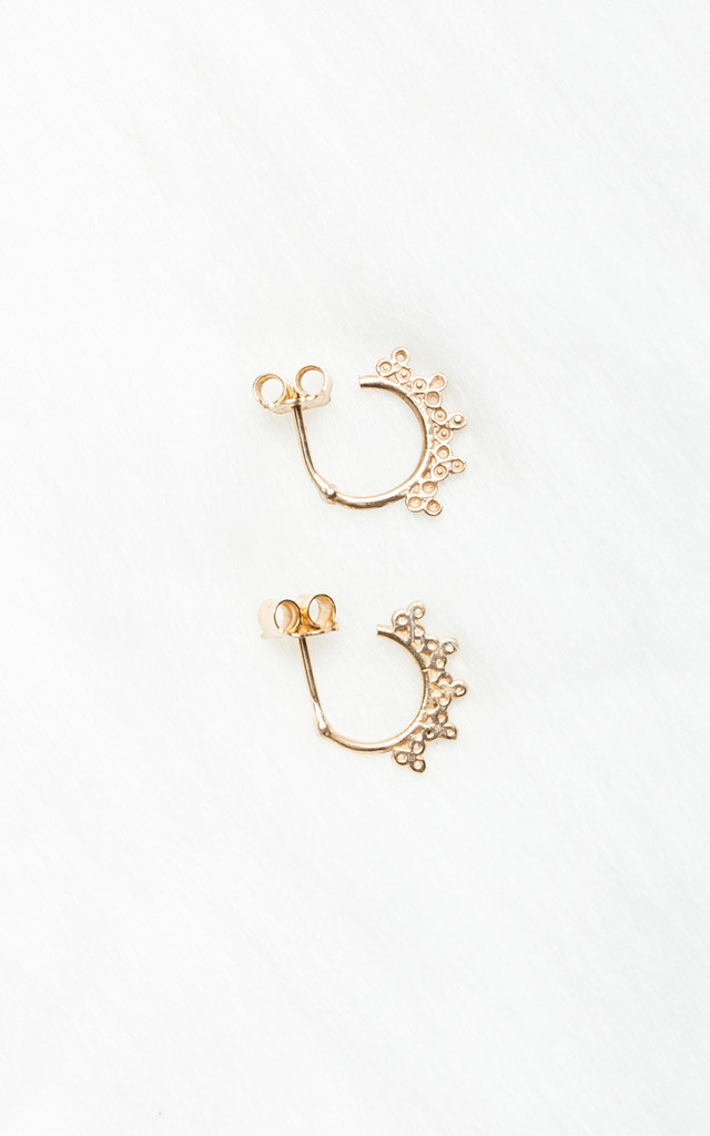 Gold earrings by SIVONNA