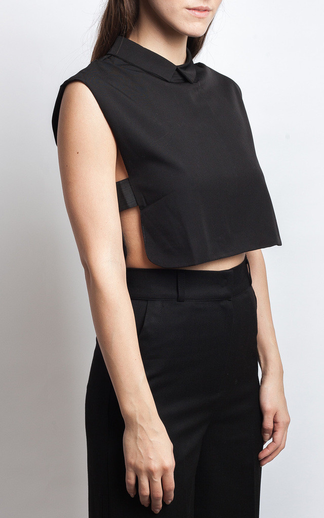 BLACK CROP TOP WITH CUT OUT SIDE by SIVONNA