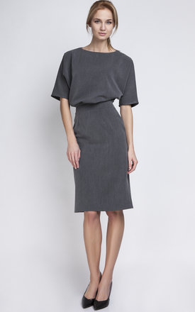 Charcoal Fitted Midi Dress by Lanti Product photo