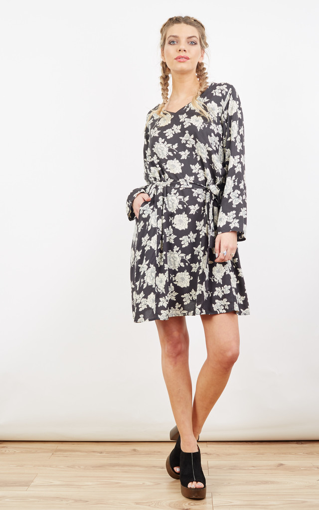 Relaxed Tunic Dress in Florals Print by likemary