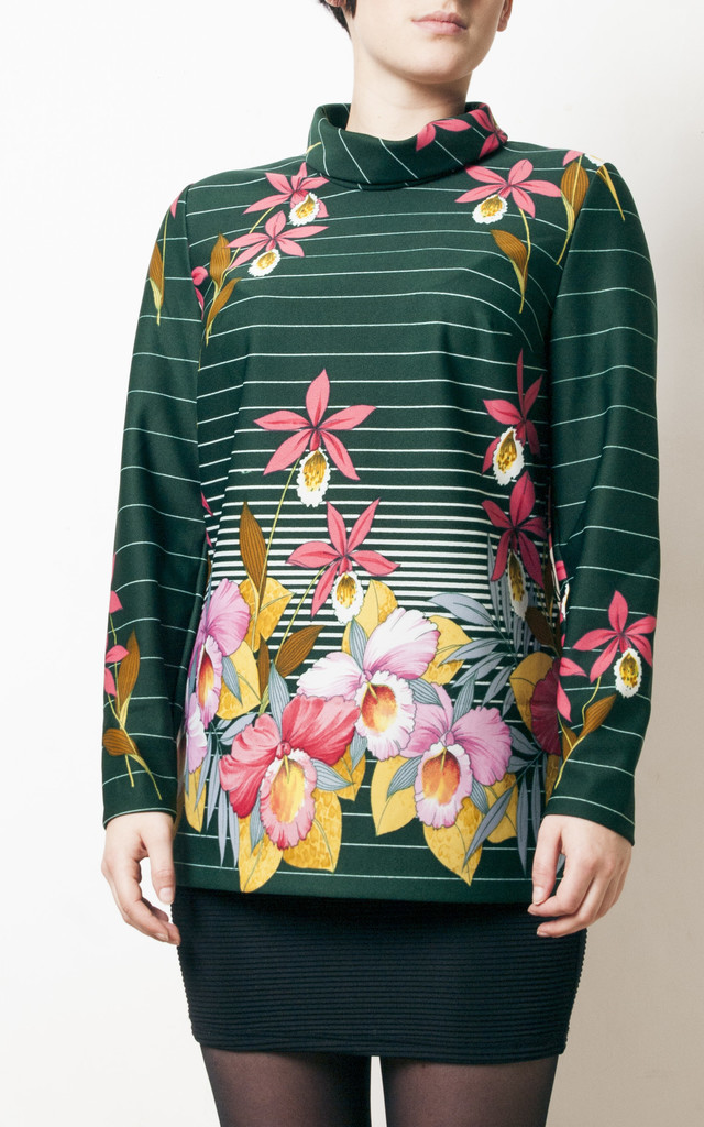 70s vintage orchid flower printed mod top by Pop Sick Vintage