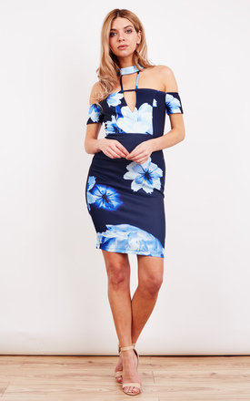 BLUE FLORAL CHOCKER NECK DETAIL CAP SLEEVE BODYCON DRESS by Ginger Fizz