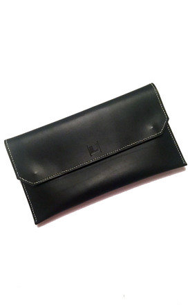 Alice Black Contrast Clutch by Laura Jessica.